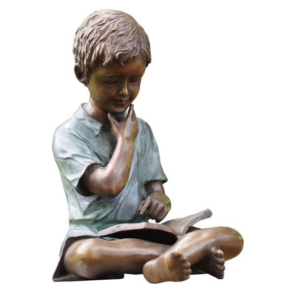 Gartenskulptur Junge mit Buch Bronze