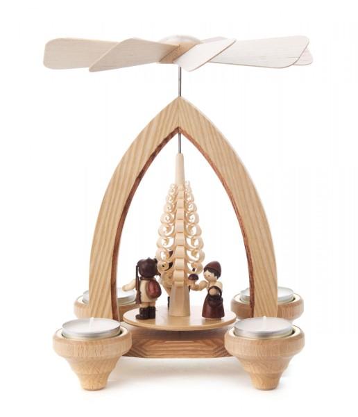 Weihnachtspyramide mit Waldleuten, für Teelichte