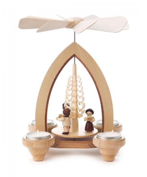 Weihnachtspyramide mit Bläsertrio für Teelichte
